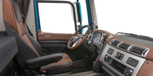 31-2017-New-DAF-CF-Exclusive-Line-Interior